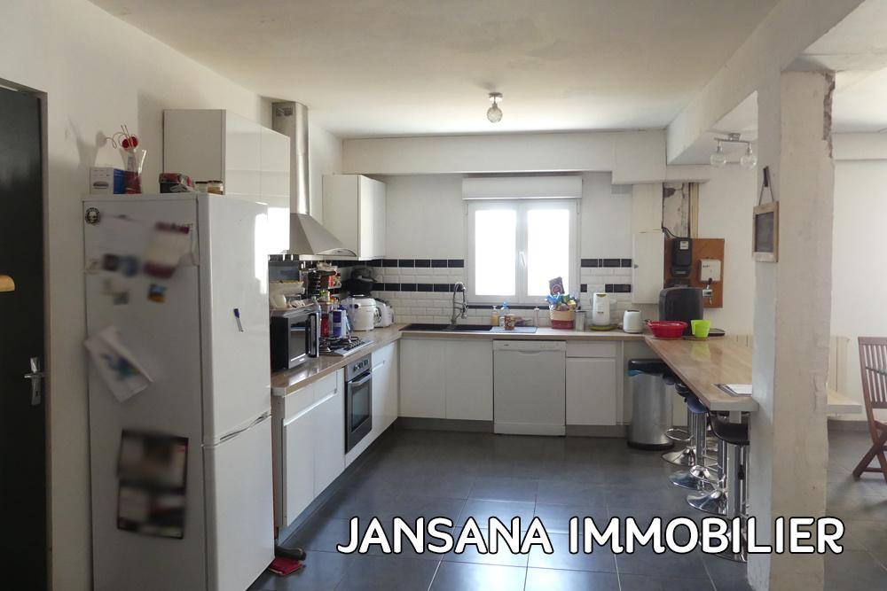Vente maison 150m² 4 chambres et 1 bureau avec garage et jardin