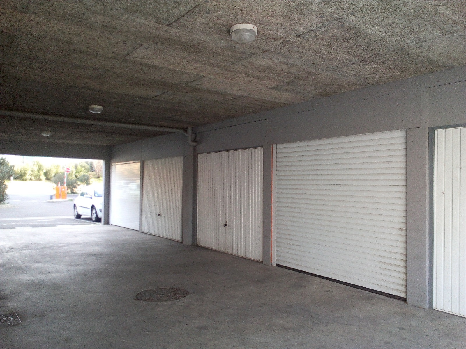 Vente garage parking b ziers 34500 sur le partenaire for Vente garage parking angers
